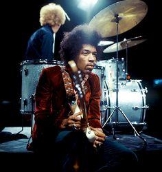 "babeimgonnaleaveu: ""Jimi Hendrix performing on Dutch TV (Hoepla!), 1967."""