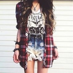 18 Must Have Grunge Accessories and Clothing - Page 2 of 19 - Ninja Cosmico