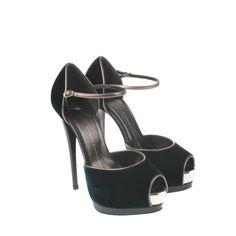 giuseppe-zanotti-green-green-velvet-stiletto-heels