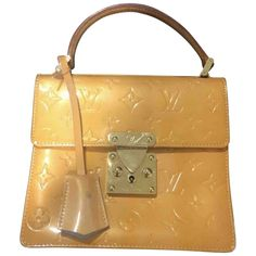 Vintage LV Clutch from 1999 - leather work off inside - stunning piece however Pre Owned Louis Vuitton, Louis Vuitton Handbags, Patent Leather Handbags, Yellow Fashion, Mellow Yellow, Leather Working, Branding Design, Satchel, Stuff To Buy