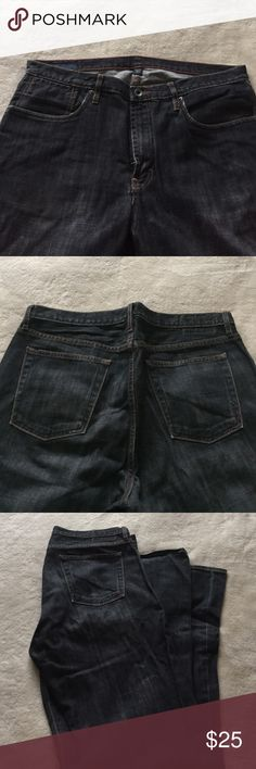 Banana Republic jeans Great pair of everyday jeans. Boot cut with normal wear in the back of the hem. Banana Republic Jeans Bootcut