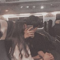 Find images and videos about love, couple and ulzzang couple on We Heart It - the app to get lost in what you love. Mode Ulzzang, Ulzzang Girl, Korean Aesthetic, Couple Aesthetic, Cute Relationship Goals, Cute Relationships, Cute Couples Goals, Couple Goals, Cute Korean