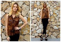 ♥ LOOK OF THE DAY 19-10-2012 ♥  ♥ Camisa Animal Print sin Mangas con Tachitas  ♥ Calzas de Lycra con Cordón   ♥ Blair High Heels