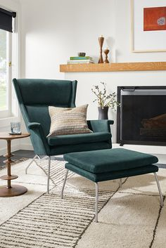 Aidan Chair & Ottoman in Sorrento Leather - Modern Recliners & Lounge Chairs - Modern Living Room Furniture - Room & Board Modern Cushions, Modern Chairs, New Furniture, Living Room Furniture, Living Rooms, Comfortable Accent Chairs, Leather Ottoman, Leather Chairs, Leather Recliner