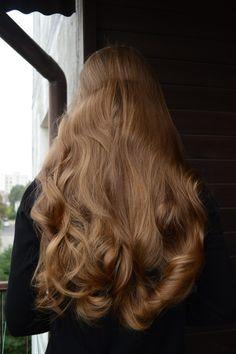 Włosowa metamorfoza w 3 godziny naszej czytelniczki Magdy Dark Curly Hair, Shiny Hair, Beautiful Long Hair, Gorgeous Hair, Curly Hair Styles, Natural Hair Styles, Hair Care Oil, Hair Protein, Hair Day