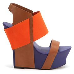 i don't know how i would walk in United Nude's Japanese inspired Geisha wedges, but i would damn well try.