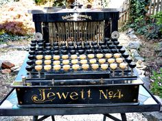 Antique Typewriter Jewett Number 4 Antique Restoration and Sales Vintage Tools, Vintage Cameras, Vintage Love, Underwood Typewriter, Writing Machine, Wonderful Machine, Antique Typewriter, Antique Restoration, Vintage Television