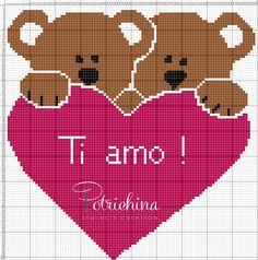 orsetti con cuore - ti amo - schema punto croce - cross Stitch - Kreuzstich - Punto de Cruz Pixel Art Coeur, Baby Blanket Crochet, Crochet Baby, Modele Pixel Art, Christmas Embroidery Patterns, Cross Stitch Heart, Loom Patterns, Loom Beading, Hama Beads