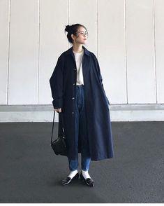 Pin by fuyu haru on ファッション in 2019 Fashion Moda, Girl Fashion, Womens Fashion, Ulzzang Fashion, Harajuku Fashion, Japanese Street Fashion, Asian Fashion, Japanese Minimalist Fashion, Fashion Poses
