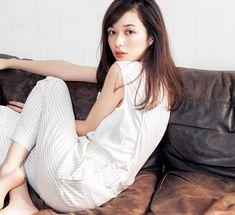 森絵梨佳 Mori Fashion, Japanese Models, Japan Fashion, Girls 4, Covergirl, Erika, Asian Beauty, Asian Girl, Fashion Models
