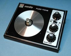 EARLY 70s MAESTRO FZ-1S FUZZ-TONE, LOW SERIAL #, GREAT GUITAR PEDAL, WORKS!
