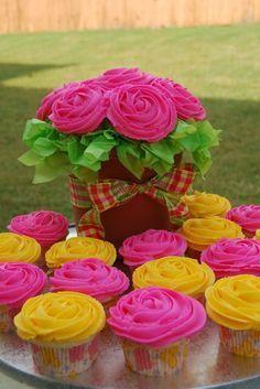 cute plaid bow cupcake bouquet