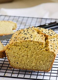 Quinoa Bread Recipe is yeast and gluten free made with dry quinoa, oat flour, coconut oil and almond milk. Very simple ingredients. | ifoodreal.com