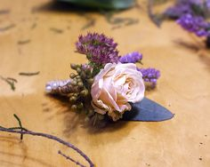 #buttonholes #wedding #bride #floral #ramodenovia #novia #boda #flores #flowers #flowerarrangement #sauvage #sauvageflowers #rose #erika #eucaliptus #bouquet #laiaclaramunttallerfloral #sabadell #barcelona