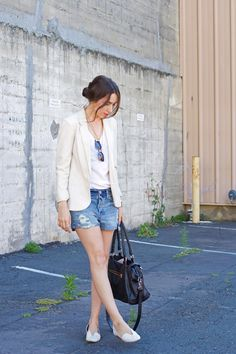 distressed denim shorts, white blazer // Elements of Ellis