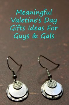 Meaningful Valentine's Day Gifts Ideas For Guys and Gals