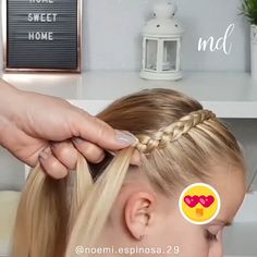 Headband braid anyone?😍 Headband braid anyone? Easy Little Girl Hairstyles, Braided Hairstyles, Doll Hairstyles, Kids Hairstyle, Baby Girl Hairstyles, Bun Hairstyle, Bridal Hairstyle, School Hairstyles, Girl Hair Dos