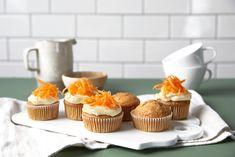 Gulrotmuffins - Baking for alle Mini Cupcakes, Muffins, Baking, Desserts, Food, Tailgate Desserts, Muffin, Deserts, Bakken