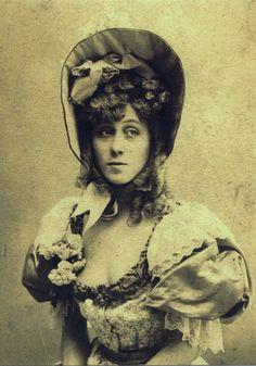 Jane Avril. Dancer, singer and friend of T-Lautrec.