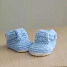 Baby Patterns, Crochet Patterns, Basic Crochet Stitches, Crochet Basics, Baby Kimono, Baby Shower Game Gifts, Baby Shoes, Slippers, Kids