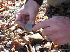 How to Identify flint and other types of sparking rocks to light a fire