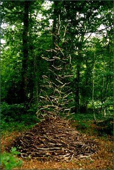Beautiful land art by Cornelia Konrads - rising fall