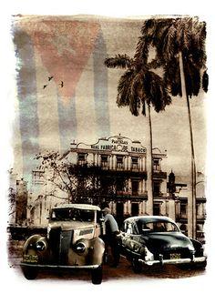 Old Havana, Cuba by Floppylion, via Flickr http://www.cuba-junky.com #junkydotcom