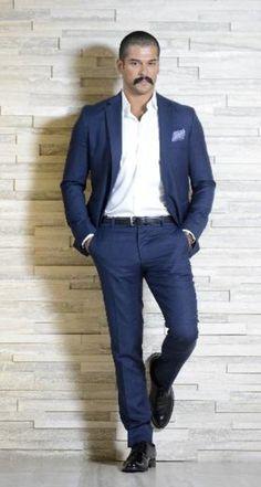 """""""Muhteşem Yüzyıl"""" Malkoçoğlu, Burak Özçivit, Vogue Türkiye dergisinin Vogue Men eki için objektif karşısında. http://magazin.haberturk.com/herkes-bunu-konusuyor/haber/848744-arabalara-hastaydim-ama-artik"""