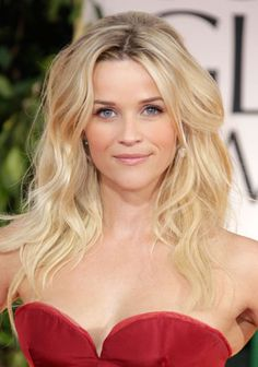 Reese Witherspoon's Wavy Tresses