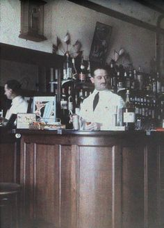 Art Deco French Bar - Half a Stereo Autochrome - c. 1930 by Photo_History, via Flickr