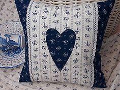 Úžitkový textil - ..vankúšik z modrotlače... - 6769383_