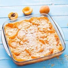 Gâteau à l'abricot et sucre vanillé