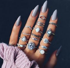 nails n rings discovered by Sally on We Heart It Nail Jewelry, Cute Jewelry, Jewelery, Cute Acrylic Nails, Cute Nails, Pretty Nails, Piercings, French Nails, Nail Ring