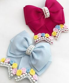 Easter Bow Spring BowMixed Pinks Boutique by ModernMeCollection - Salvabrani Hair Ribbons, Diy Hair Bows, Diy Bow, Ribbon Bows, Baby Hair Clips, Flower Hair Clips, Bow Pattern, Gift Bows, Kanzashi Flowers