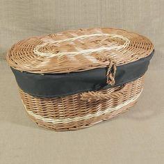 Wiklinowa walizka obszyta materiałem kol. ciemne khaki