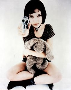 'The Professional' - Natalie Portman and the rabbit!