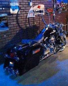 "Follow & Tag ""HD Tourers and Baggers"" on Instagram Facebook Twitter & across the Web. ===================== #hdtourersandbaggers ===================== Credit to David from Facebook. ===================== #instamotogallery #instamoto #motorcycles #harleydavidson #roadkingclassic #roadking #roadglide #streetglide #softail #showoffmyharley #harleysofinstagram #harleylife #bikelife #bikersofinstagra #bikestagram #harleyrider #harleyriders #customharley #throttlezone #harleydavidsonnation…"