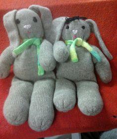 Gigia & Gigio - Morbidi coniglietti da strapazzare di coccole. Dinosaur Stuffed Animal, Cashmere, Toys, Animals, Activity Toys, Cashmere Wool, Animales, Animaux, Clearance Toys