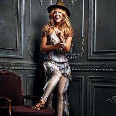Kate Hudson: Love her! Amazing actress, momma, and rockstar/boho style