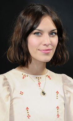 alexa chung bob. When I get fed up with the long hippie hair I'm going for this Jo March look.