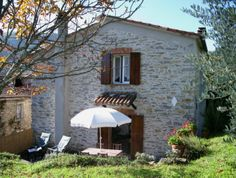 Property for sale in Tuscany COMANO Italy - Village House > http://www.italianhousesforsale.com/property-italy-tuscan-stone-house----1651.html