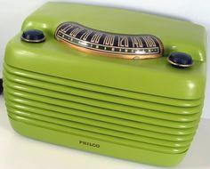 """1946 Philco """"Hippo"""" Tube Radio Model 46-420. That is one wild paint job!"""