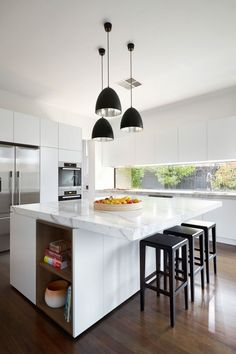 ▷ fantastic kitchen back wall ideas for inspiration - White Kitchen Remodel Kitchen Cabinet Colors, White Kitchen Cabinets, Kitchen Countertops, Kitchen Island, Granite Countertop, Black Kitchens, Cool Kitchens, Kitchen Interior, Kitchen Decor