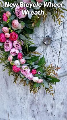 Summer Wreath, Spring Wreaths, English Country Decor, Pine Cone Crafts, Diy Art Projects, Dyi Crafts, Spring Home Decor, Deco Mesh Wreaths, Shabby Chic Decor
