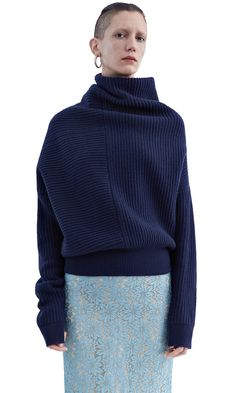 Acne Studios Jacy rib dark navy is a rib stitch sweater with deconstructed volume. Navy Sweaters, Pullover Sweaters, Sweaters For Women, Ribbed Sweater, Knitwear Fashion, Knit Fashion, Sweater Knitting Patterns, Knitting Designs, Style Bleu
