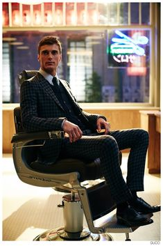 Gucci Presents: Mens Tailoring Featuring Clément Chabernaud image Gucci Tailored Suits Clement Chabernaud 003