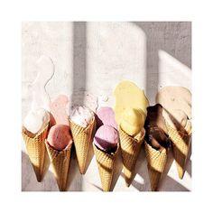 #eis #icecream #summer #flatlay #beach #warm #summer #summervibes #light #sorger #sorgerbrot Summer Flatlay, Summer Ice Cream, Icecream, Warm, Bottle, Instagram, Beach, Food, Ice