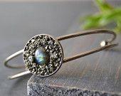 Bracelet jonc - pyrite incrusté - bracelet rigide - bracelet métal - bracelet pierre - pyrite - labradorite - manchette