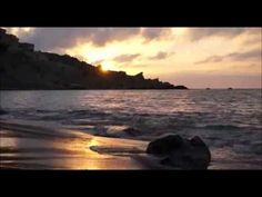 ▶ Guided Morning Meditation (10 minutes to kick start your day) - YouTube