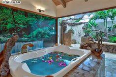 Tropical tub | Lahaina, Maui , HI 888-308-1817 to find or build your Hawaii dream home